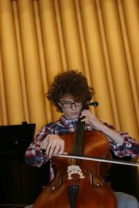 E. Crucianelli, violoncello, 3° classif.